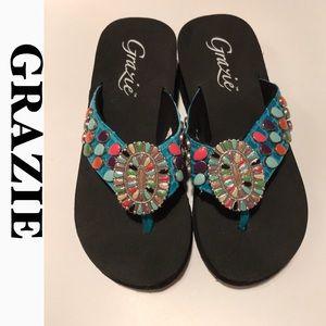 NWT GRAZIE SANTI 2 Turquoise wedge thong sandal 6